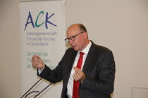 Der freikirchliche systematische Theologe Markus Iff (Ewersbach) betonte die gesellschaftlichen Aufgaben der Kirchen, Foto: ACK