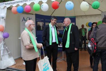 Auch der Vorsitzende der Deutschen Bischofskonferenz, Reinhard Kardinal Marx, besuchte den Stand der ACK, Foto: ACK