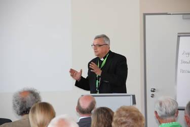 """Bischof Karl-Heinz Wiesemann bei der Veranstaltung """"Entlastende Ökumene"""" beim Katholikentag in Leipzig, Foto: ACK"""