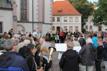 Stationenprozession um die Stadtkirche St. Marien in Borna