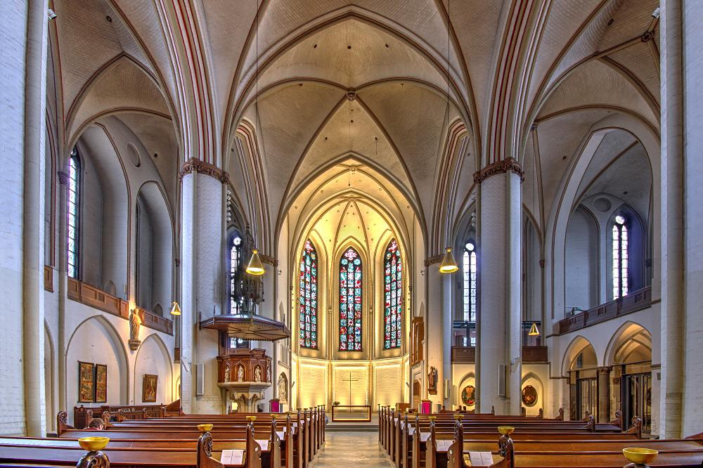 Blick in die Hauptkirche St. Petri. Foto: Bautsch.